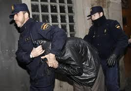 إيقاف مواطن مغربي بإسبانيا مطلوب لدى العدالة المغربية