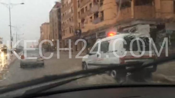عاجل : 15 دقيقة من الأمطار تغرق شوارع مدينة مراكش + صور