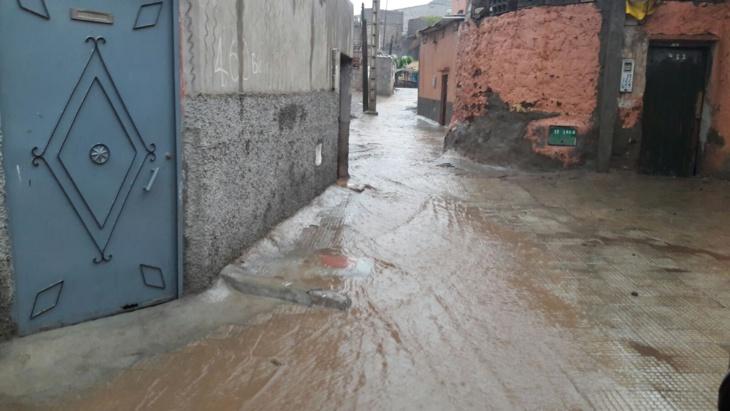 بالصور : الأمطار العاصفية وإعادة هيكلة الشوارع بمراكش