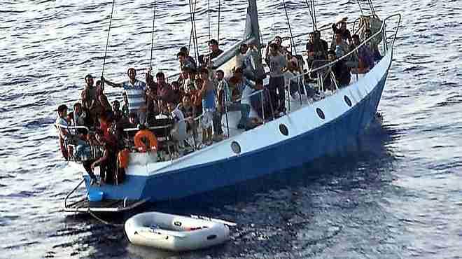 إنقاذ أكثر من 1100 مهاجر في عرض البحر المتوسط