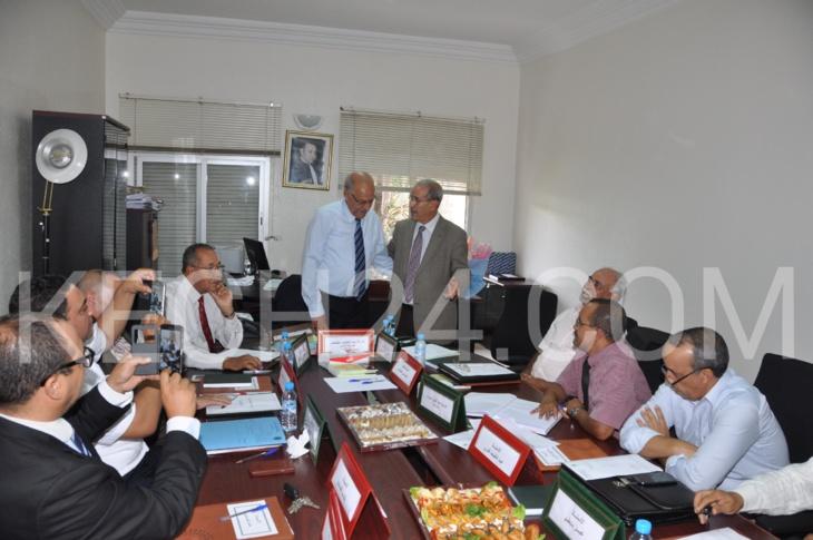بالصور : عملية تسليم السلط بين عبد اللطيف احتيتش وأبو الزهور بهئية المحامين بمراكش