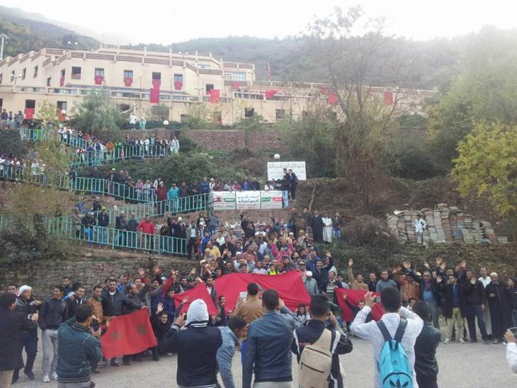 اعتصام مفتوح لآباء وأولياء التلاميذ بالمركب التربوي أغبالوا بجماعة ستي فاظمة إقليم الحوز