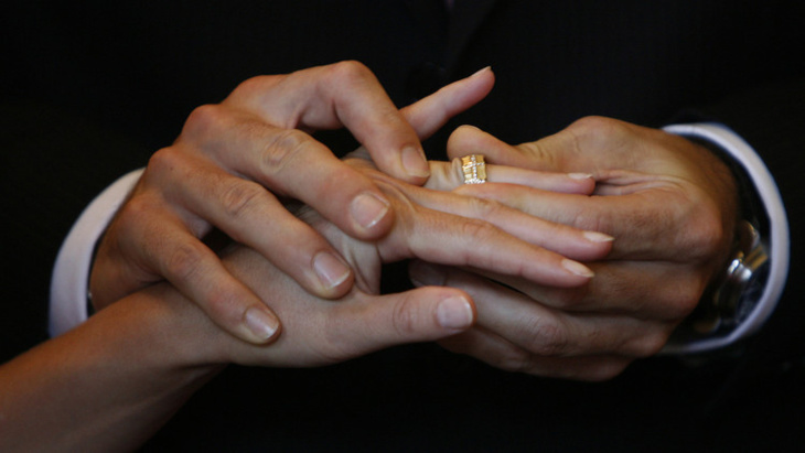مصر تضع شروطا جديدة أمام الأجانب الراغبين في الزواج من مواطناتها