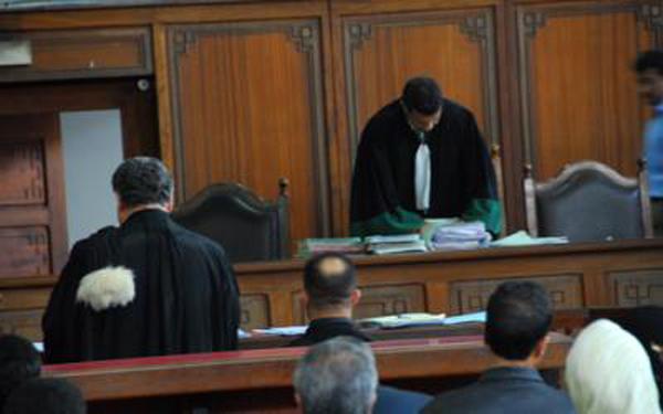 إجراء المسطرة الغيابية في حق قاض سابق توبع من أجل جناية الرشوة