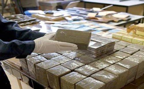 اعتقال 9 مسؤولين بالدرك الملكي اشتغلوا ليلة مرور 40 طنا من المخدرات
