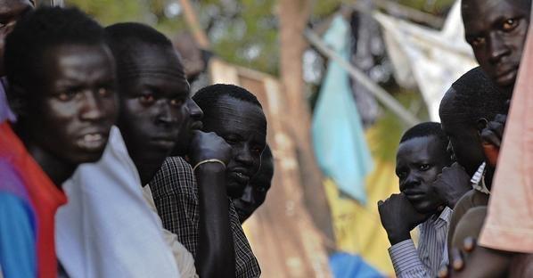 عاجل: نقل عدد من اللاجئين الأفارقة جراء إصابات متفاوتة إلى مستعجلات إبن طفيل بمراكش