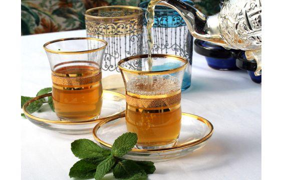 اكتشف خطر شرب الشاي بعد الطعام مباشرة