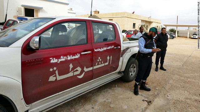 مقتل 50 شخصا وإصابة 127 آخرين خلال استهداف سيارة مفخخة مركز تدريب الشرطة بليبيا
