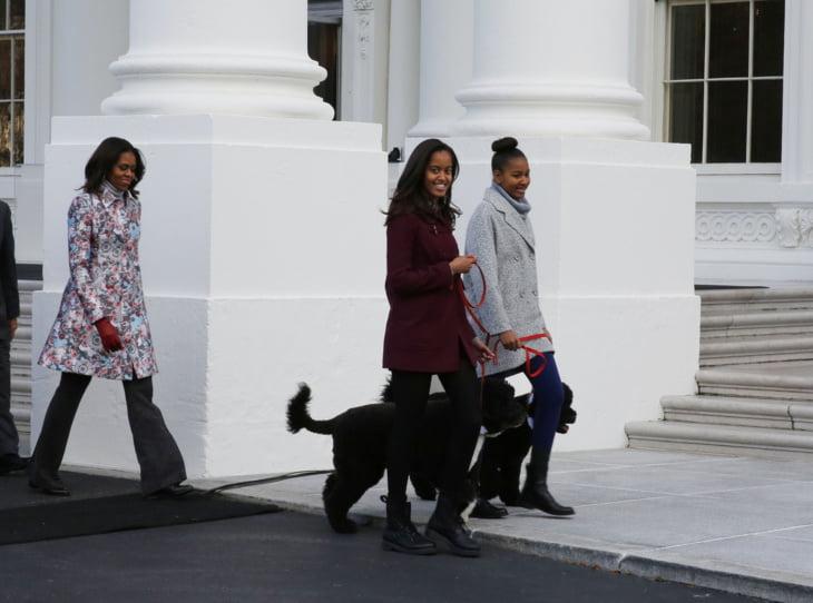 كلب أوباما يزج بأمريكي خلف القضبان + صور