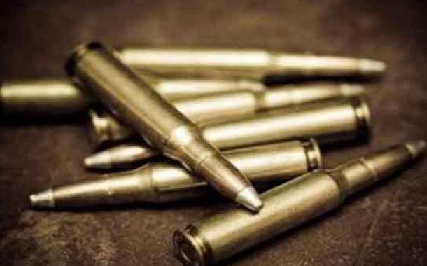 عامل نظافة يعثر على 15 رصاصة حية داخلكيس للنفايات