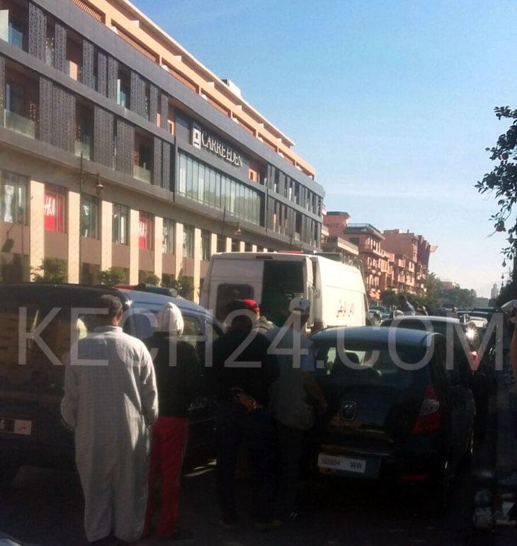الشرطة القضائية تعيد تركيب فصول جريمة سرقة محلين تجاريين بحي جليز بمراكش + صورة حصرية