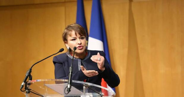 الوزيرة حكيمة الحيطي تهدد بتقديم استقالتها و ترفض الحضور للبرلمان
