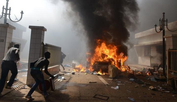 واغادوغو: انتهاء الهجوم الإرهابي بمقتل نحو 23 شخصا أغلبهم أجانب