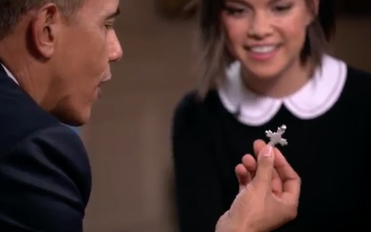 اوباما يواجه الاحباط بسٌبحة صلاة وصليب وتمثال لبوذا يحملهم في جيبه