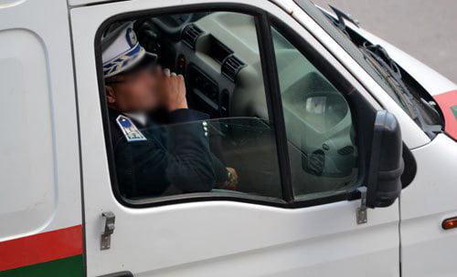 رجال الأمن يحلون ببيت