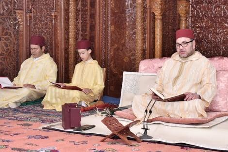 الملك يترأس بالرباط حفلًا دينيًا إحياء للذكرى الـ17 لوفاة الراحل الحسن الثاني