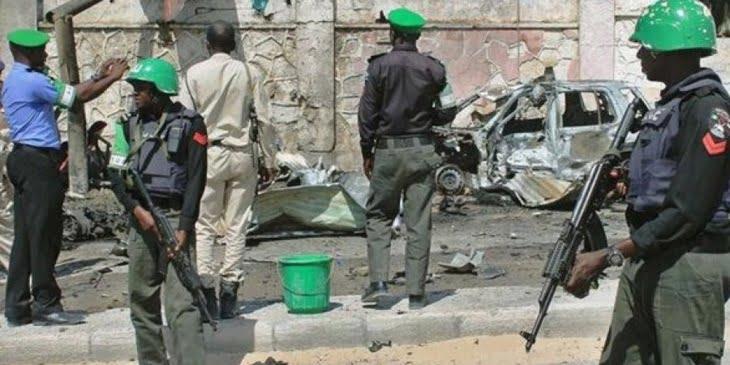19 قتيلا على الأقل بينهم أطفال في هجوم على مطعم في مقديشو بالصومال