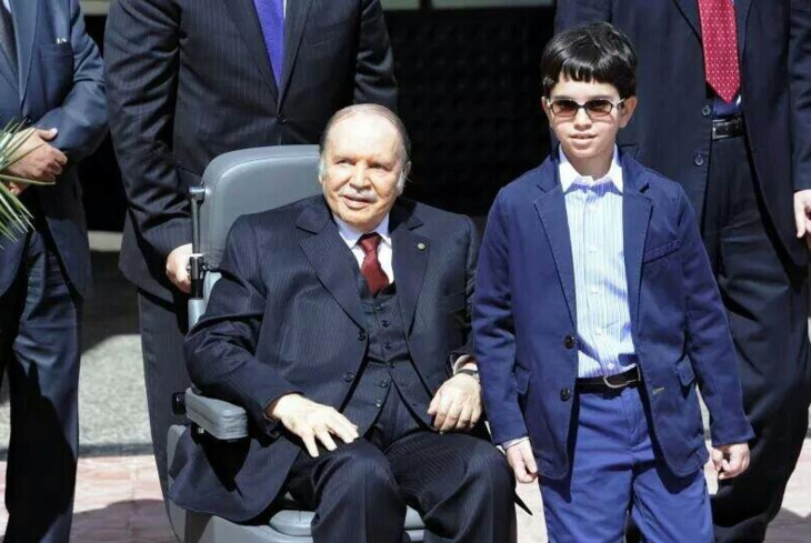 الرئيس الجزائري يحل جهاز المخابرات ويشكل مديرية للمصالح الأمنية
