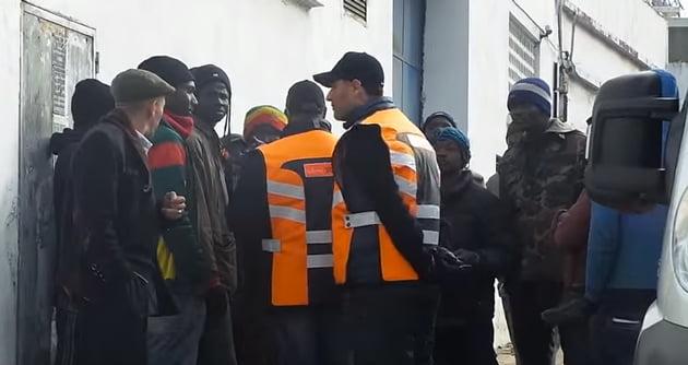 البحث عن افراد عصابة من الأفارقة تُزور جوازات السفر بمراكش والبيضاء والرباط