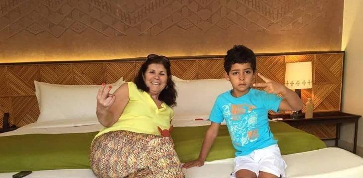 بالصور : عائلة النجم البرتغالي