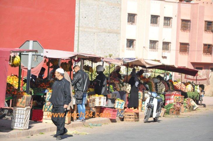 قائد يدشن سوق عشوائي بحي الإزدهار بتراب مقاطعة جليز بمراكش + صور