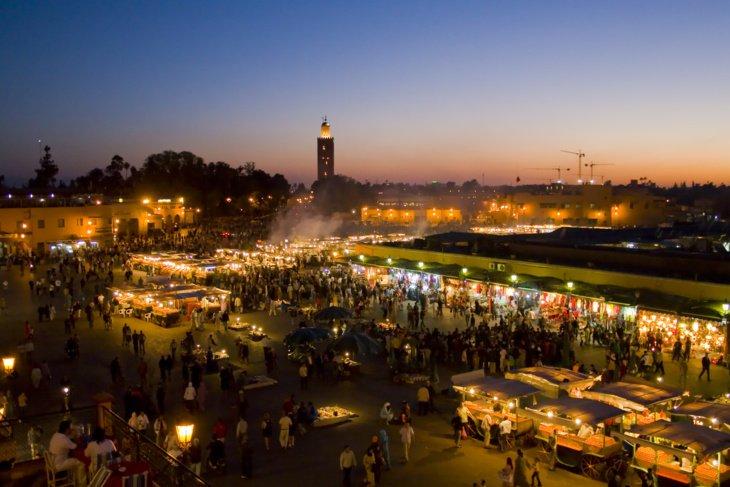 عاجل : إفريقية تصفع عنصر من القوات المساعدة وسط ساحة جامع لفنا بمراكش