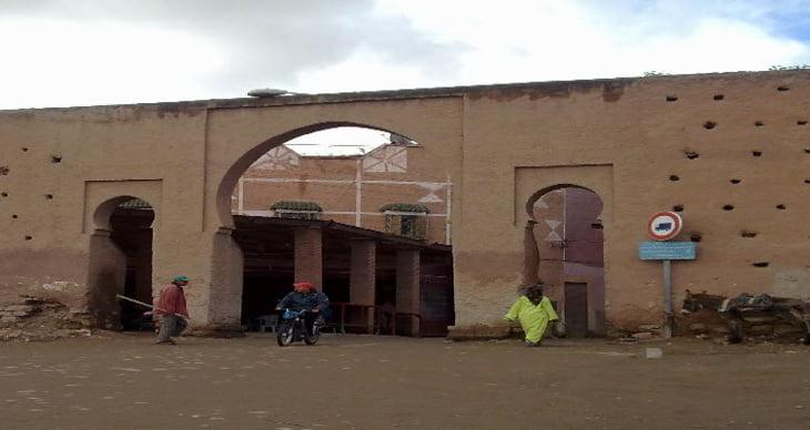 ساكنة بوطويل بباب هيلانة بالمدينة العتيقة لمراكش يشتكون من انقطاع الإنارة العمومية