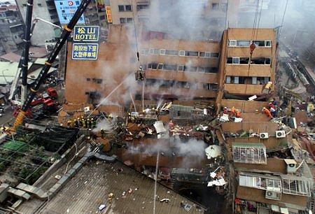 زلزال تايوان: 132 شخصا لا زالوا تحت الأنقاض