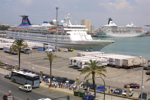 إستئناف حركة الملاحة البحرية بين ميناء طنجة المدينة وميناء طريفة الإسباني