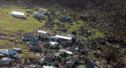 قتلى وجرحى بأعنف إعصار في تاريخ جزر فيجي بالمحيط الهادي