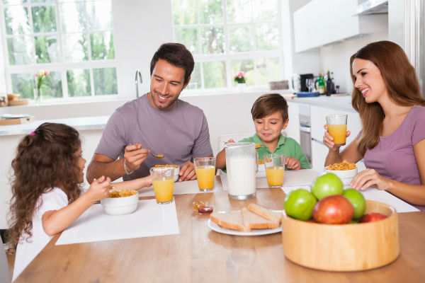دراسة: تناول الإفطار مضر...!