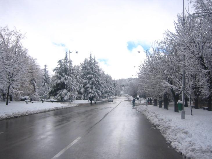 الثلوج همت 3780 كلم من الطرق بالمغرب في 3 أيام فقط