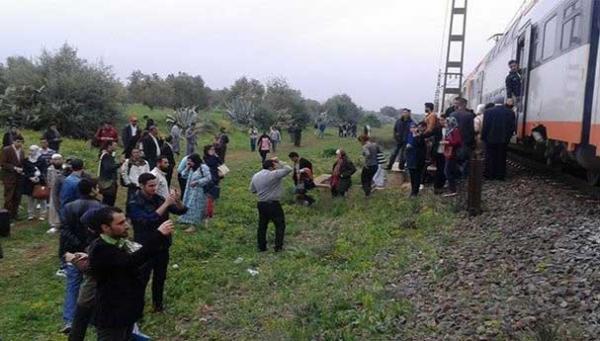 مسلحون يوقفون قطارا ضواحي سيدي سليمان والركاب يتمكنون من حماية القطار