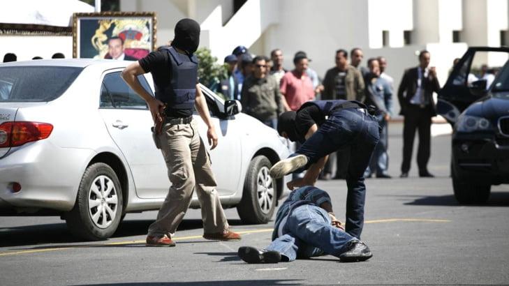 شرطي يطلق رصاصة تحذيرية لتوقيف شخص من ذوي السوابق القضائية