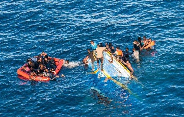 غرق 18 مهاجرا على الأقل بعد غرق قاربهم قبالة ساحل تركيا