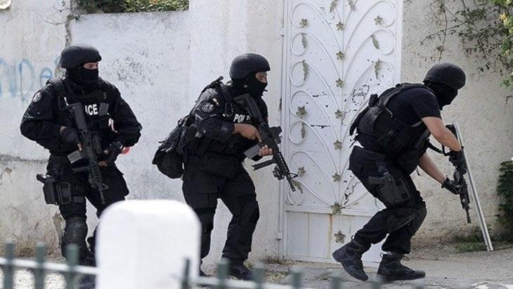 تونس.. مقتل 21 متطرفاً و4 مدنيين في مواجهات بن قردان