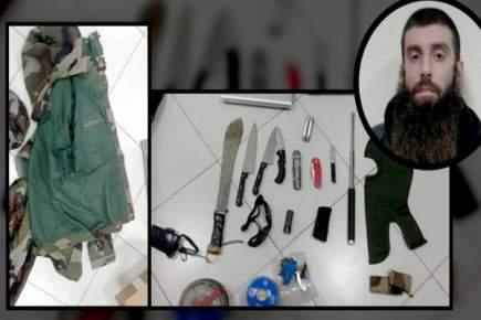 توقيف متشدد فرنسي عثر ضمن أمتعته على سكاكين وساطور وقناع