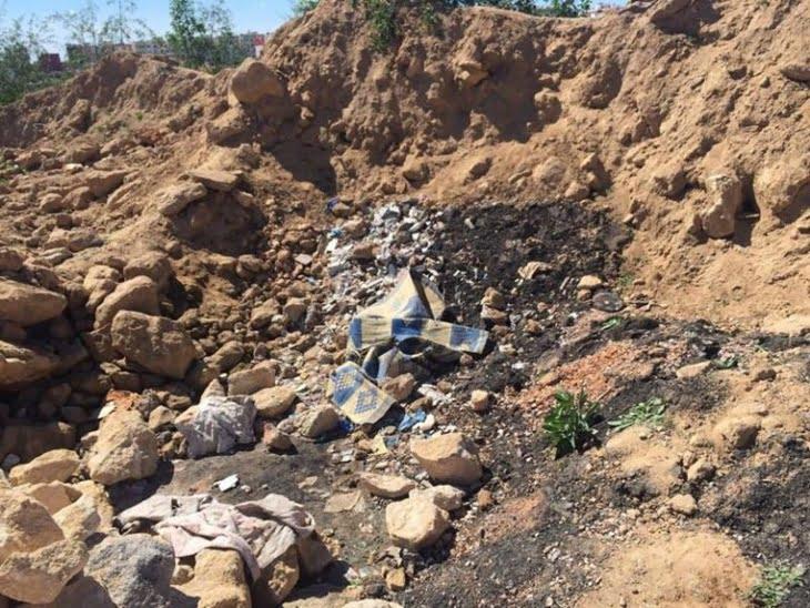 بالصور: تلاميذ يعثرون على طفل دفن حيا داخل حفرة بعد اغتصابه