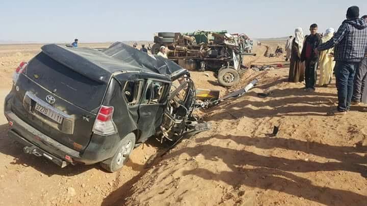 عاجل: حادثة سير مروعة تودي بحياة تلاميذ في إصطدام بين سيارة للنقل السياحي وشاحنة + صور