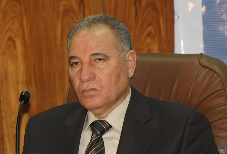 بعد إسائته للرسول الكريم : إقالة وزير العدل المصري