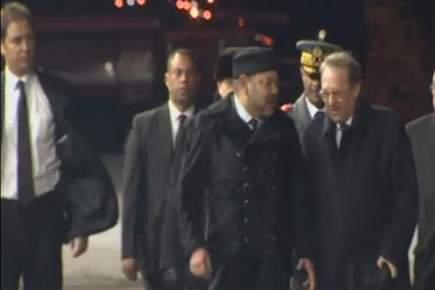 عبد العزيز الجعايدي يعود لحراسة الملك في زيارته لروسيا + فيديو