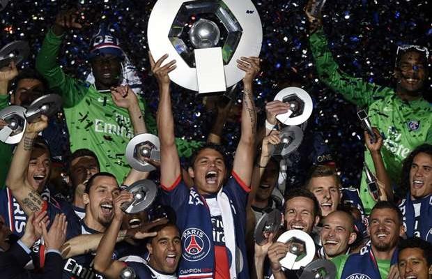 باريس سان جيرمان بطلا للدوري الفرنسي لكرة القدم