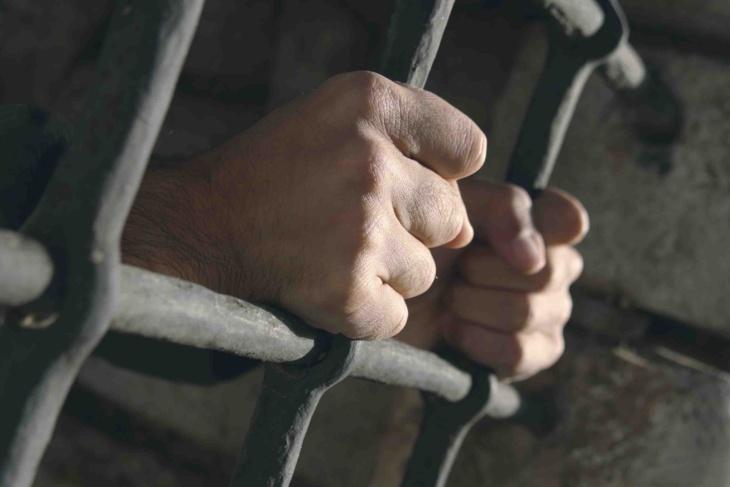 هذه عقوبة ملتحي ستيني اغتصب ابنة أخته القاصر