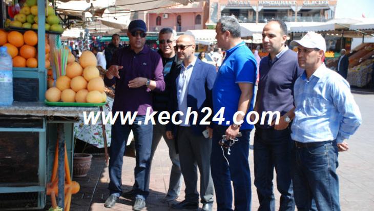 حصري: والي جهة مراكش آسفي يشرب عصير الليمون بساحة جامع الفنا بمراكش + صور