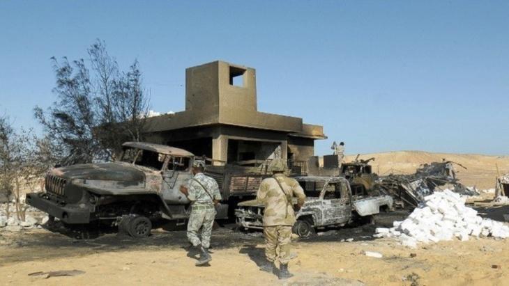 سقوط 18شرطيا في هجوم مسلح على نقطة أمن في العريش المصرية