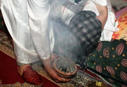 وفاة فتاة بعد تعذيبها حتى الموت بدعوى اخراج الجن
