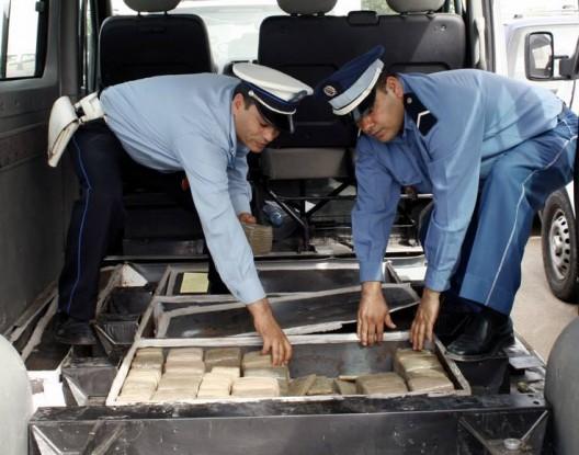 حجز كمية كبيرة من مخدر الشيرا على متن شاحنة بضواحي تيزنيت