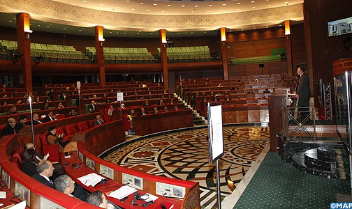 """لجنة العدل والتشريع بالبرلمان """"تجمد"""" قانون تزويج القاصرات"""