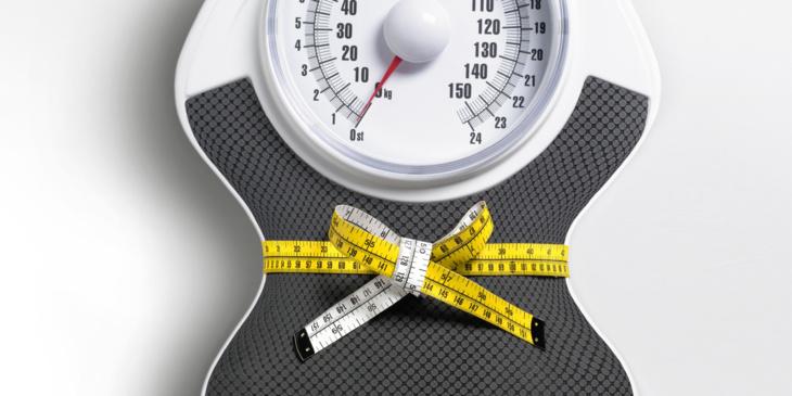 علماء: فقدان الوزن مرتبط بتوقيت تناول الوجبات