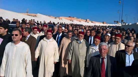 كبار المسؤولين يشاركون في تشييع جنازة أرملة علال الفاسي